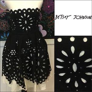 Eyelet fun Betsey Johnson party DRESS